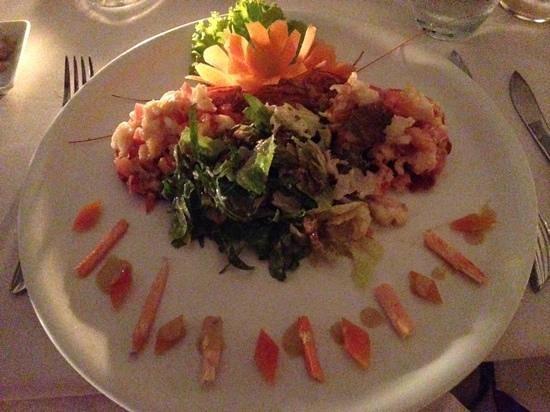 Heritage Suites Hotel: Mmmm, Mekong lobster