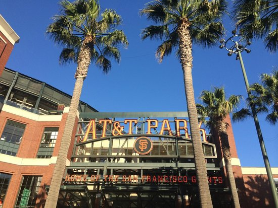 AT&T Park : Entering the ballpark