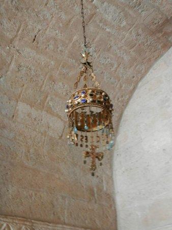 Iglesia de San Juan Bautista (Baños de Cerrato): corona de recaredo