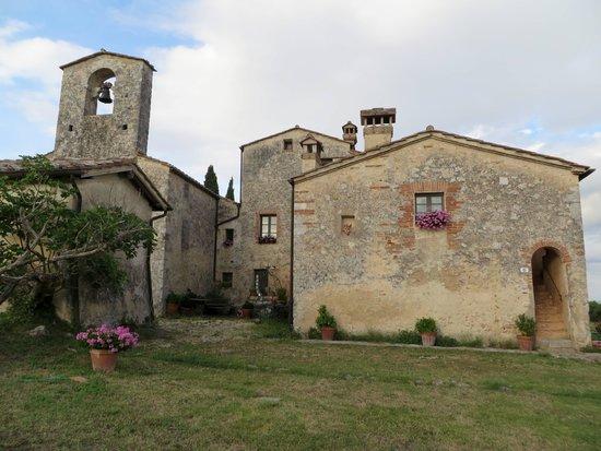 B&B La Canonica di San Michele: Rear View of Property