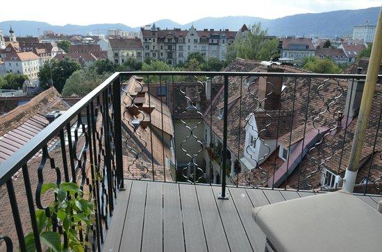 Schlossberg Hotel: rooftop terrace