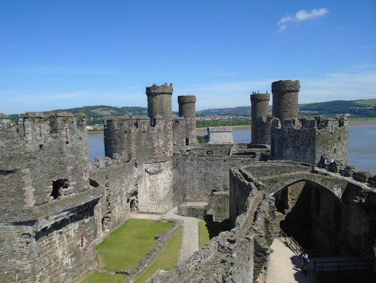 Conwy Castle: View of castle