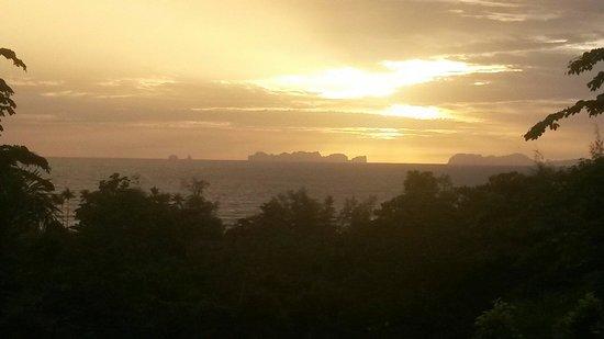 Freedom Estate: Sun set view