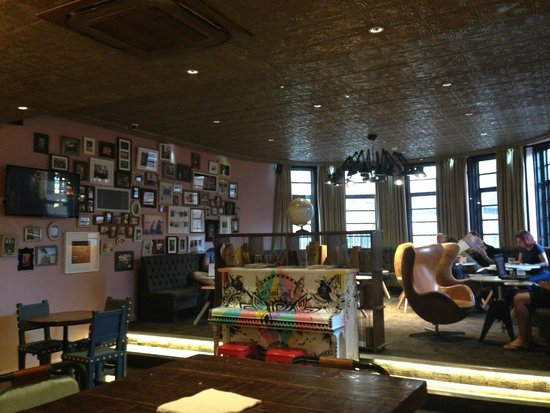 Generator Hostel London: Cafe