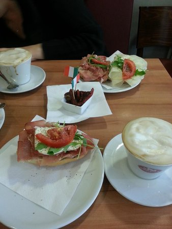 Ecco Italienische Cafe - Feinkost