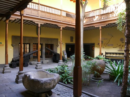 Casa de Colón: Патио