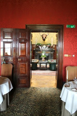 Stapleford Park: looking from smaller dining room to Great Hall