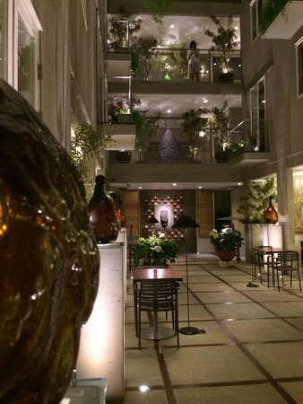 Breeze Art and Boutique Hotel: Lobby
