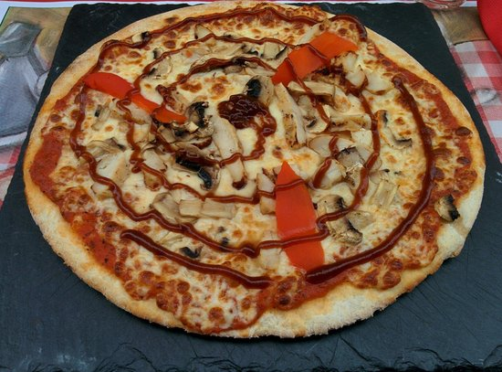 pizza barbecue picture of pasta mondo argeles sur mer tripadvisor. Black Bedroom Furniture Sets. Home Design Ideas