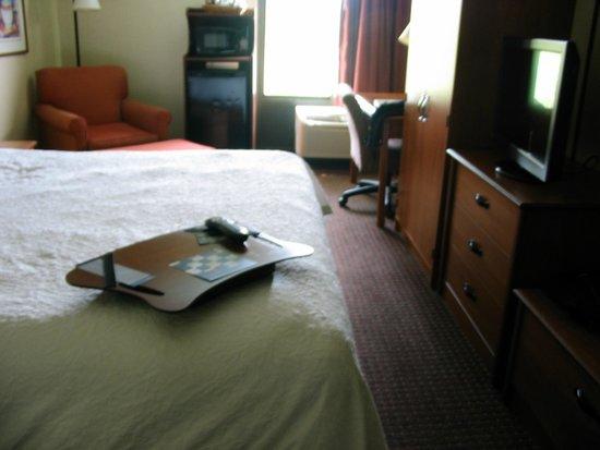 Hampton Inn Los Angeles/West Covina: Room