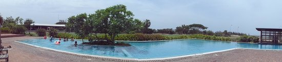 Club Mahindra Puducherry: Pool View