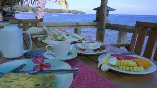 Poinciana Oceanside Resort & Retreat Centre: breakfast