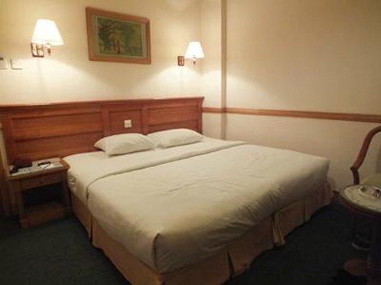 Oscar Saigon Hotel: la chambre