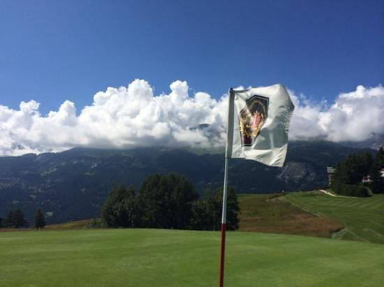 Golf Club Crans-sur-Sierre : drapeau