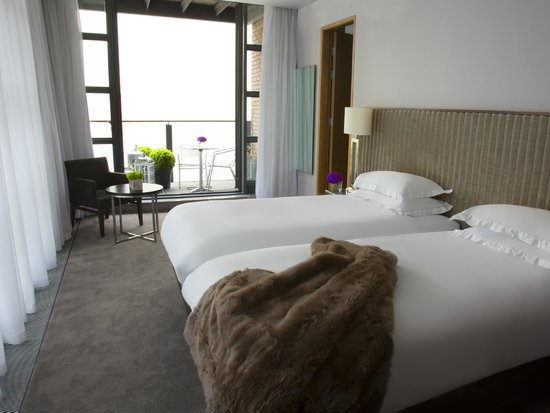 The Spencer Hotel Dublin IFSC: 2 roomed family suites