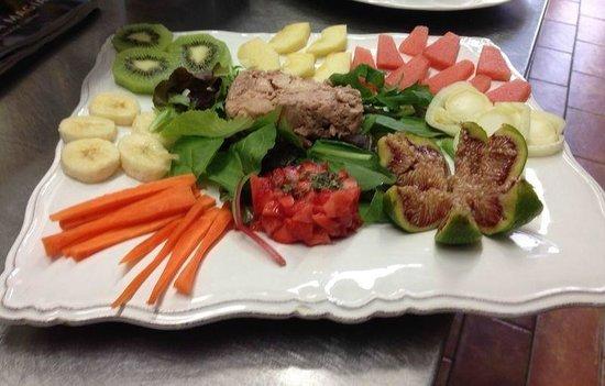 Alla Piazza di Sopra: fegato di baccalà con frutta e verdura