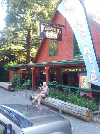 Phillipsville, CA: Riverwood Inn