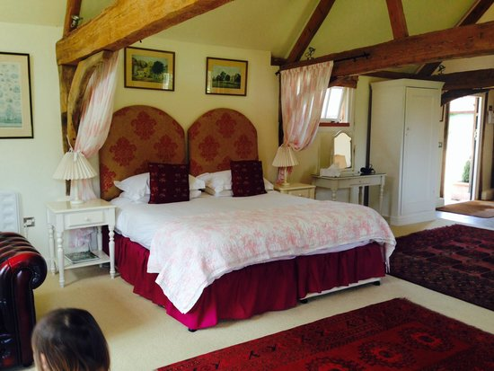 Ranvilles Farmhouse B&B and Self-Catering: The bed