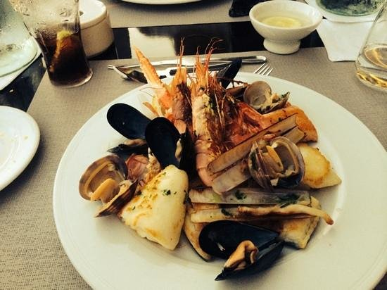 Stay Restaurant : The seafood grill