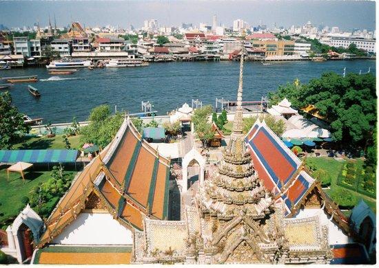 Wat Arun (Tempel der Morgenröte): riverside