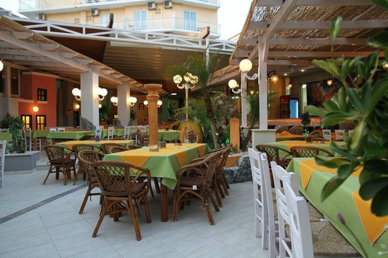 New Village Taverna - Resaurant