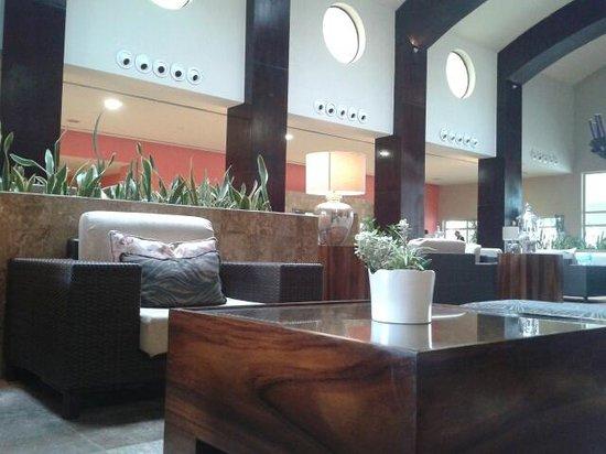Now Larimar Punta Cana: le lobby