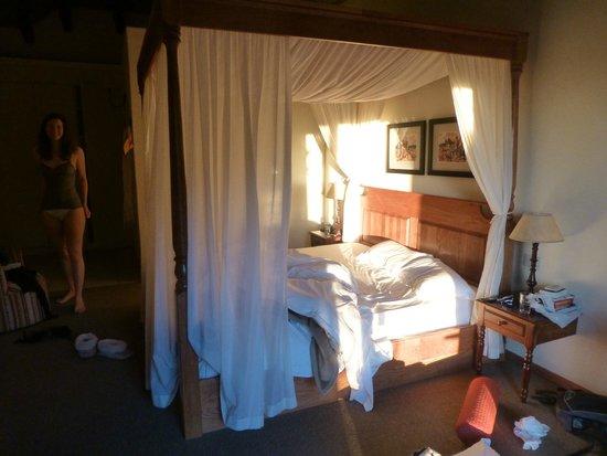 Cavern Drakensberg Resort & Spa: Superior room...