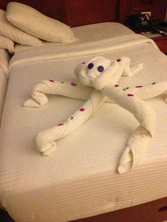 Xperience Sea Breeze Resort: towel art every day