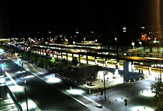 Radisson Blu Hotel Uppsala: View from our window to station