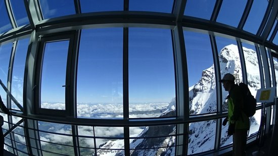 Jungfraujoch: From the viewing station