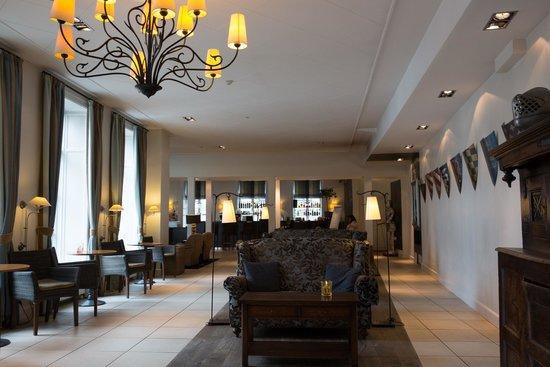 Hotel Kong Arthur: Lobby bar
