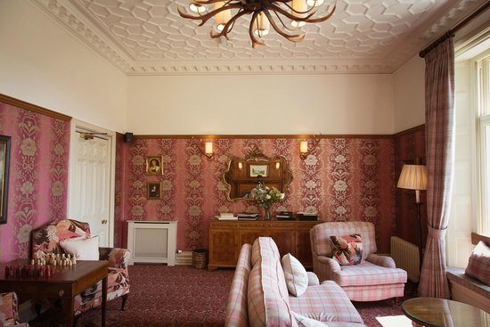 Merewood Country House Hotel: Library