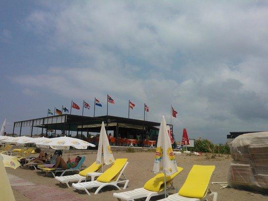 Conny's Hotel: Nearest Beach