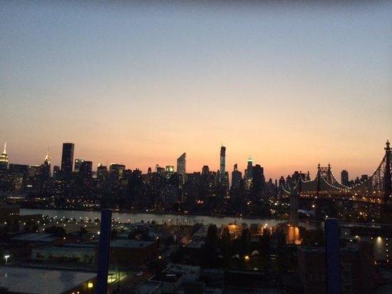 Z NYC Hotel: Skyline