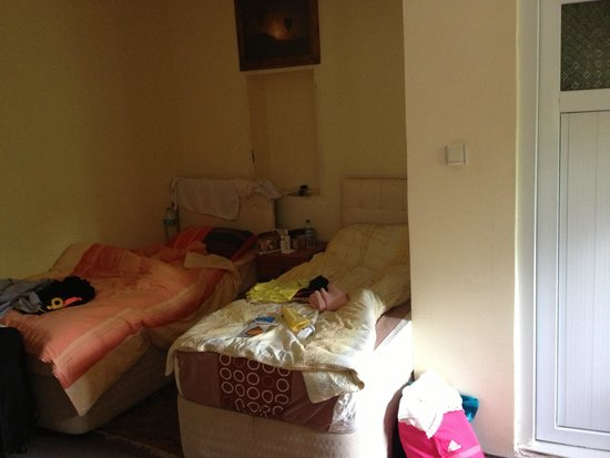 Rock Valley Hostel: 5 bed dorm