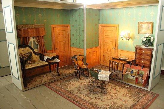 Arbaer Open Air Museum: eglise/salle de jeu