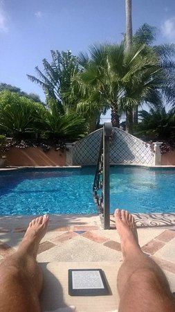 Casa Tres Leones: the pool is small but enjoable