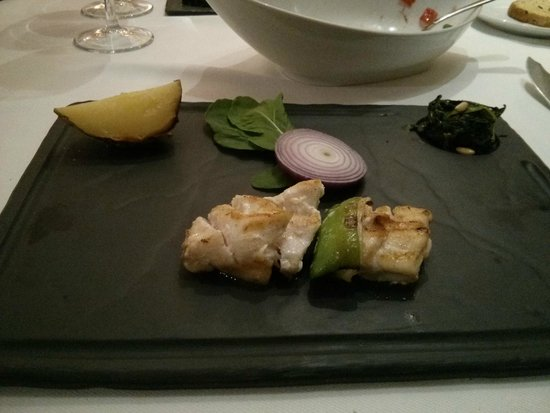 Trilye Restaurant : Delicious fish - Thanks I was not that hungry(!)