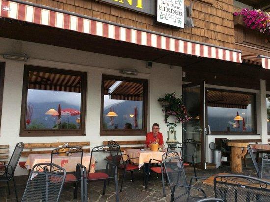 Gasthof Hohe Bruecke: Terrasse