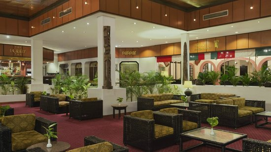 Sheraton Lagos Hotel: Hotel Lobby Bar