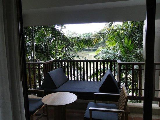 Le Meridien Chiang Rai Resort: Terraza