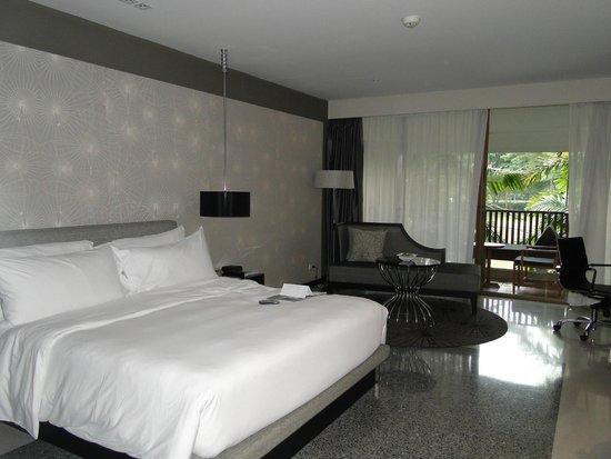 Le Meridien Chiang Rai Resort: Gran habitacion