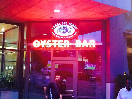 Legal Sea Foods: The Oyster Bar