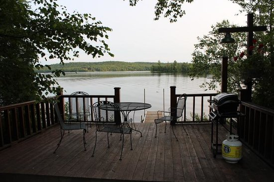 Hay Lake Lodge and Cottages: a view