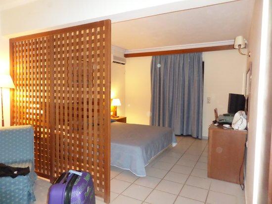 Atlantica Porto Bello Beach: Chambre spacieuse