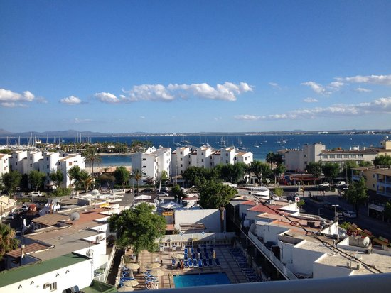 Globales Condes de Alcudia: Amazing view from our hotel Balcony on the 6th floor