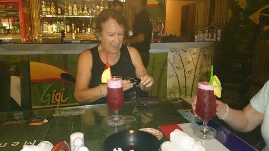 Gigi Brasil: Flossy go Lightly also on the sauce!