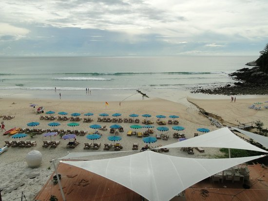 Centara Grand Beach Resort Phuket : Vistas desde la terraza