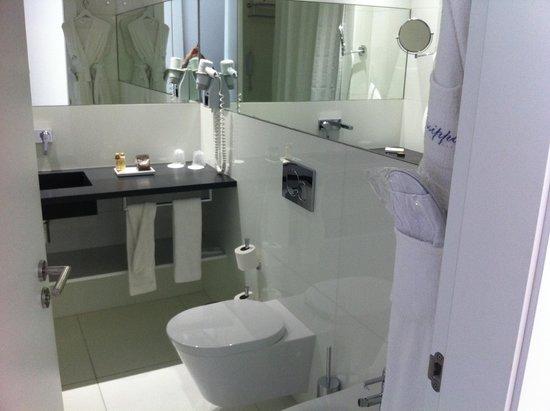 Olissippo Saldanha: Badezimmer