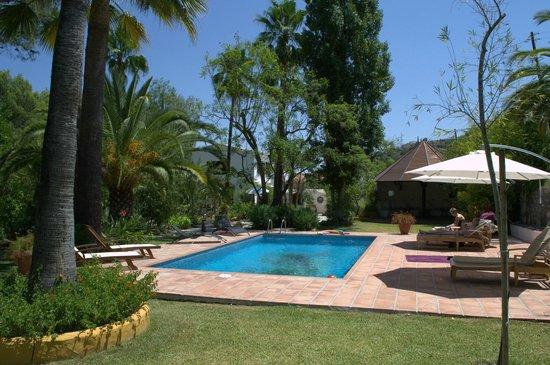 Barros de Luna: Zwembad